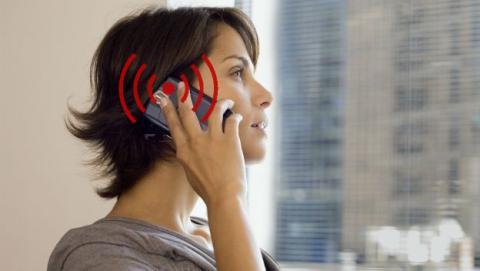 Estos son los móviles que más y menos radiación emiten