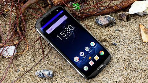 Oukitel WP5000, el nuevo móvil de Oukitel que lo aguanta todo