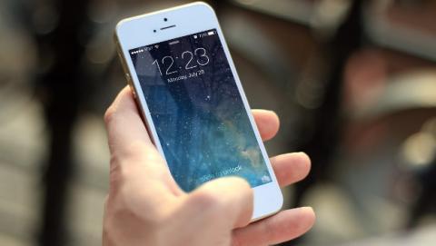 136fe27f5cc Cómo hacer que tu móvil aplique el cambio horario automáticamente ...