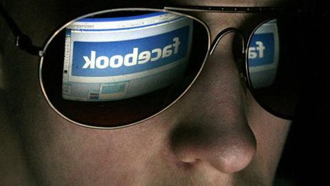 Facebook ha leído todos tus mensajes y llamadas de tu móvil Android