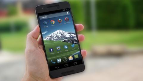 Las apps de Google pueden dejar de funcionar en móviles Android sin certificar.
