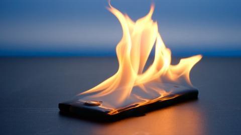 Cosas que haces mal con el móvil
