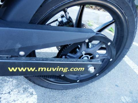 Detalle de una moto de Muving