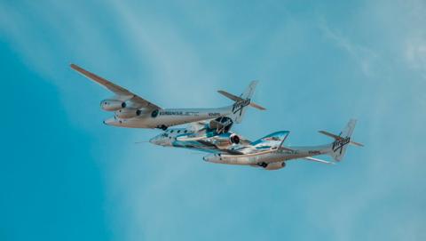 Imágenes del primer vuelo de la nave Virgin Galactic tras su accidente de 2004