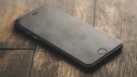 La pantalla del iPhone 8 no funciona con la actualización de iOS si no es oficial de Apple.
