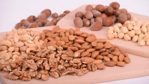 Mejores aperitivos bajos en grasa para adelgazar y perder peso.