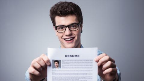 Enviar un currículum en PDF y Word: ventajas frente a desventajas