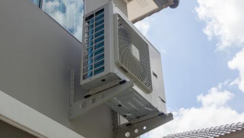Necesito permiso para instalar mi aire acondicionado en la fachada ...
