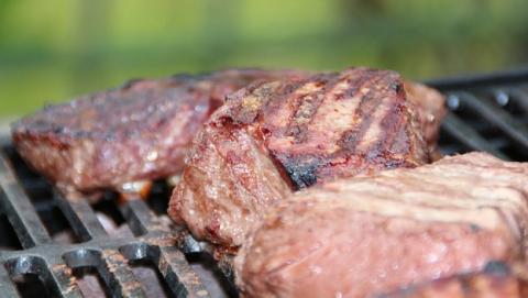 Síntomas de intolerancia o alergia a la carne.