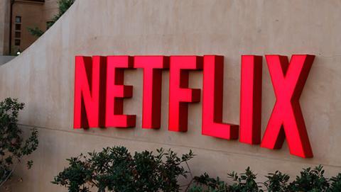 Borrar historial de Netflix con series y películas