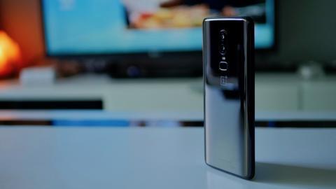 OnePlus 6 - toma de contacto