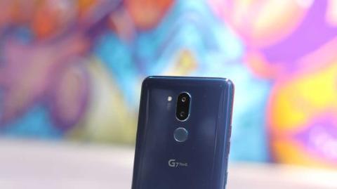 Detalle de la trasera del LG G7