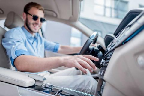 Malos hábitos que dañan tu coche sin que tú lo sepas