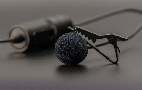 micrófono de solapa, micrófono de corbata, micrófono lavalier