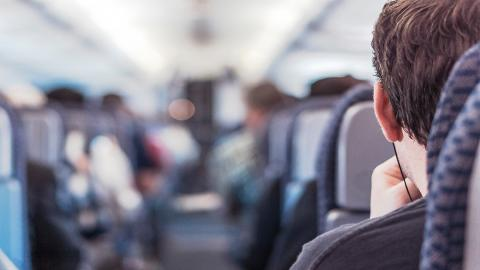 5 consejos de hacer más llevaderos los vuelos de larga distancia