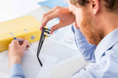 Cuidar la vista en un trabajo de oficina