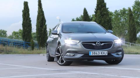 Faros del Opel Insignia