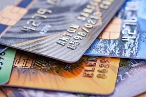 Tarjeta de crédito frente a la de débito