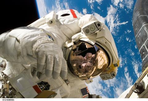 Astronauta en el espacio
