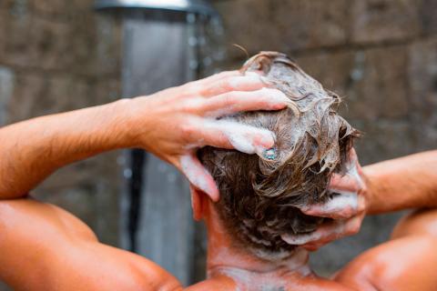 lavar pelo