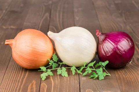 Razones para comer cebolla a diario