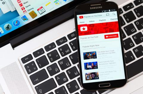 Aplicación de YouTube en el móvil
