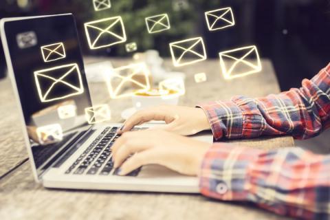 Redactar email
