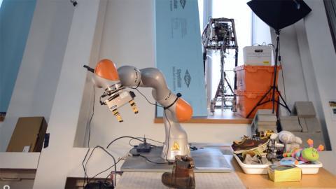 Robot IA avanzada