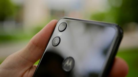Fotografías del diseño del Motorola One