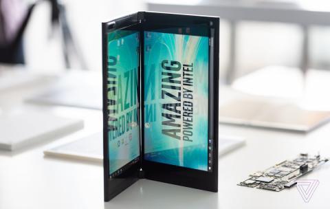 PC portátil plegable con dos pantallas