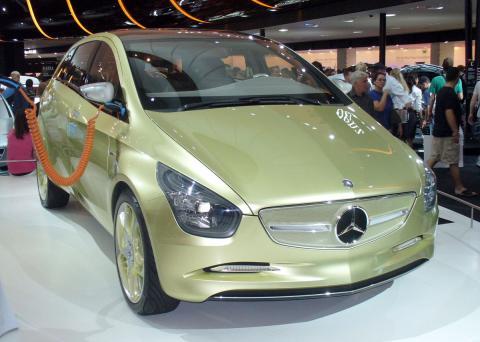 Mercedes Benz BlueZero
