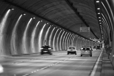 Waze ya funciona dentro de los túneles