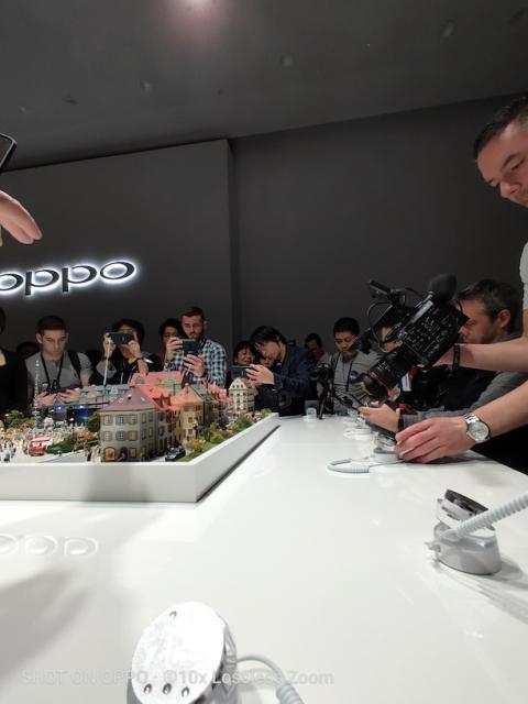 Oppo Zoom 10X Muestras