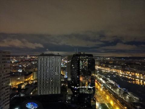 Modo noche View 20