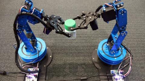 Robots por radiofrecuencia