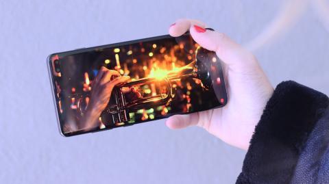Vídeo en la pantalla del Samsung Galaxy S10+