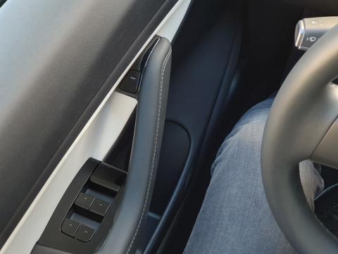 Botones del Tesla Model 3