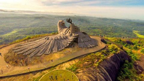 Estatua de ave más grande del mundo