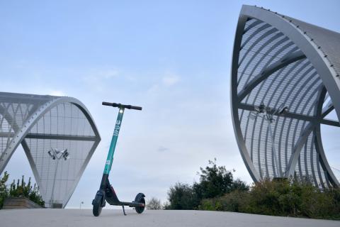 Patinetes eléctricos de UFO modelo SEAT eXS Kickscooter