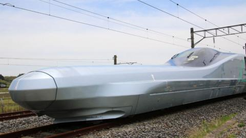 Alfa X Tren bala