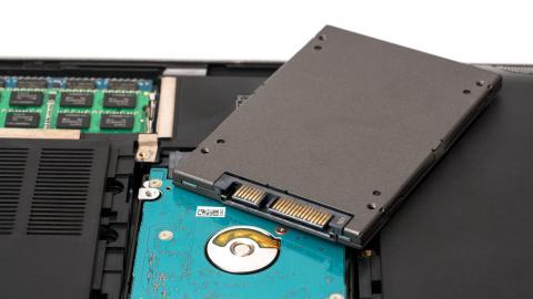 ¿Cuál es la vida útil de un SSD?