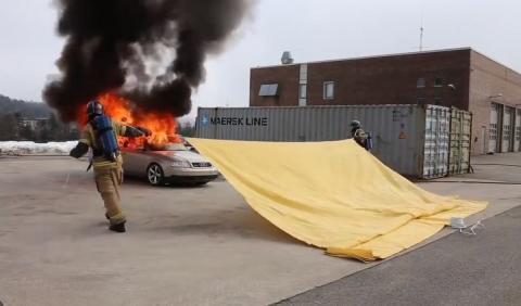 Manta apaga incendios