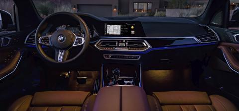 Interior del SUV de BMW
