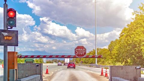 Peajes en las autovías españolas a razón de 0,03€ por cada kilómetro que recorras