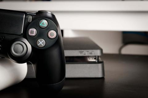 PS4, PS4 Pro, Dualshock