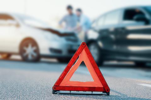 Triángulo accidente de coche