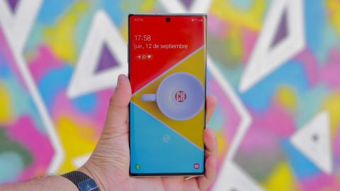 Note 10 plus, analisis