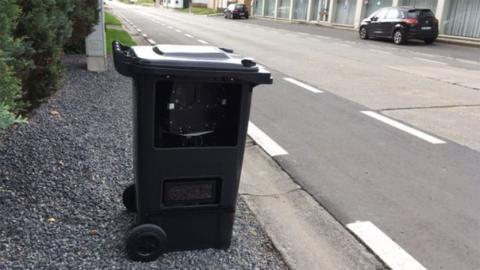 Radar en cubo de basura