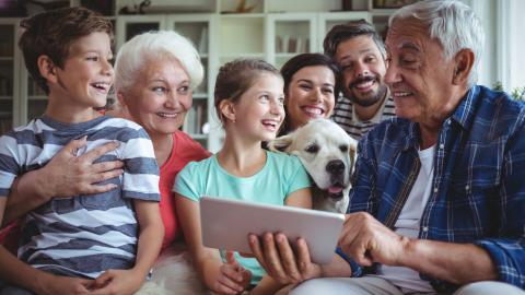 Cómo elegir una tablet para tus abuelos