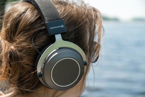 Auriculares con Bluetooth y NFC
